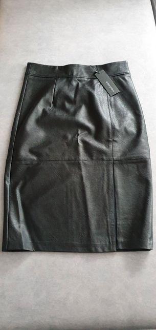 Ołówkowa spódnica z ekologicznej skóry r.38