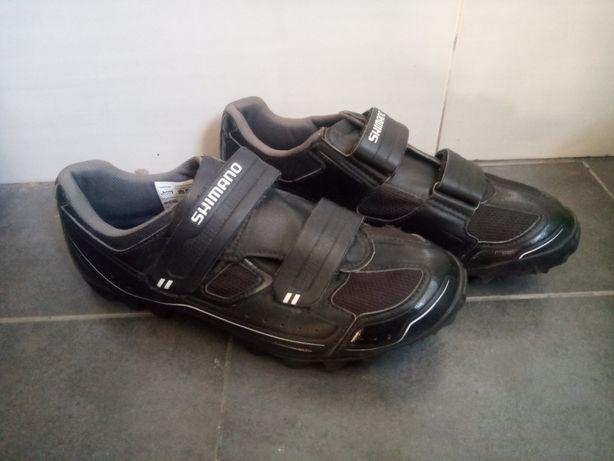 Sapatos de encaixe Shimano