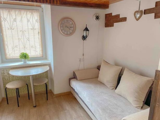Продам 1 кімнатну квартиру в центрі