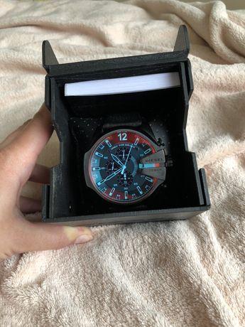 Оригинальные часы Diesel