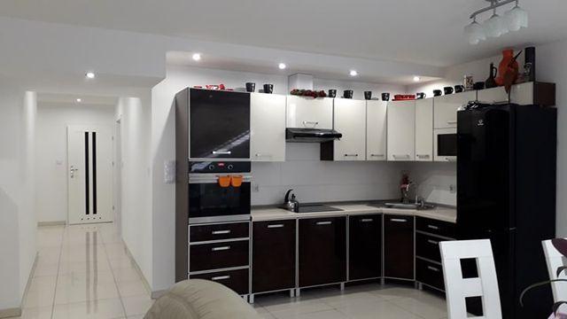 Sprzedam lokal użytkowy 80 m2 z garażem 18 m2