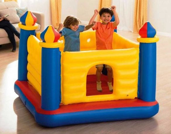 """Детский игровой надувной батут """"Замок"""" 175 х 175 х 135 см"""