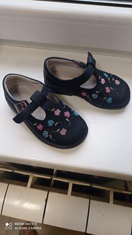 Шкіряне європейське взуття на дівчинку 23 розмір