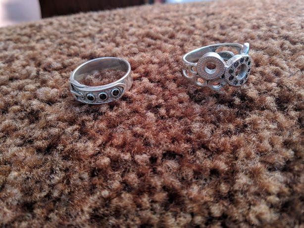 Кольцо серебро,размер 17.