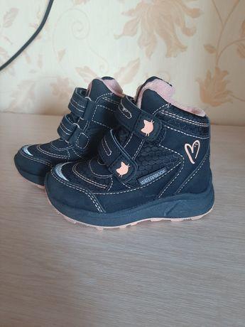 Теплинькие ботиночки для девочки
