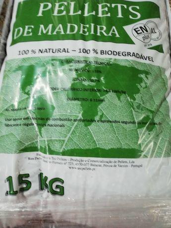 Pellets Certificadas 100 % Madeira saco 15kg 3,25€