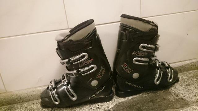 Sprzedam buty narciarskie Dalbello rozmiar 30