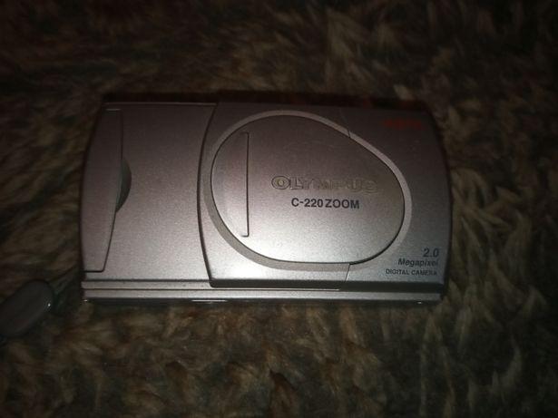 Aparat fotograficzny Olympus C 220