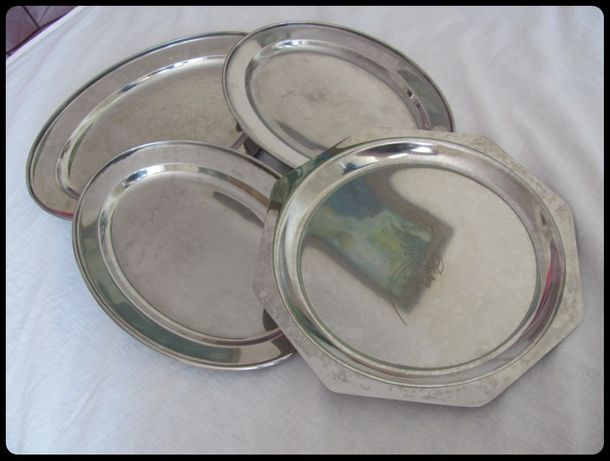 Zestaw metalowych tacek kuchennych - 3 sztuki razem