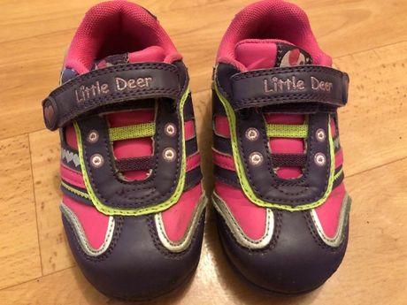 Светящиеся кроссовки для девочки Little deer