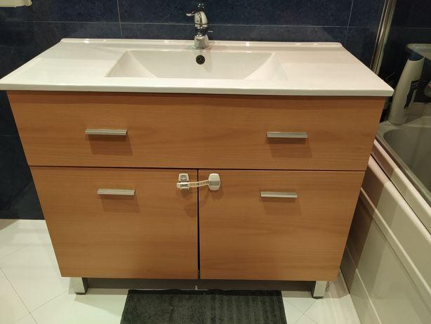 Móvel wc com lavatório incluído