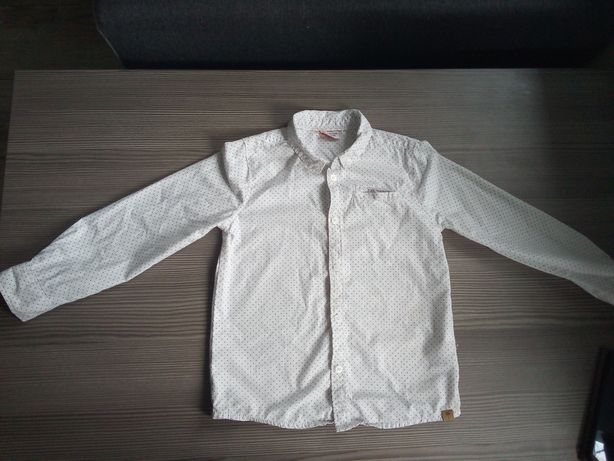 Koszule dwie takie same 98 i 116