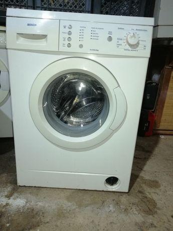 Máquina de lavar roupa Bosch 6 kg