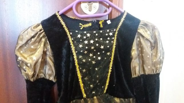 Vestido de veludo de Bruxa
