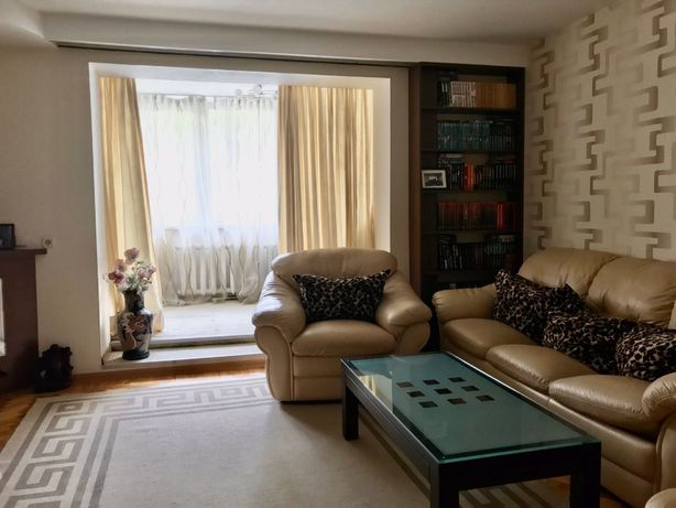 Продам замечательную 2х комнатную квартиру на Бреуса