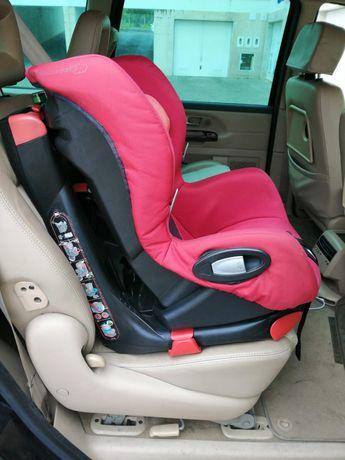 "Cadeira auto ""Axiss"" 90 Bebê Confort"