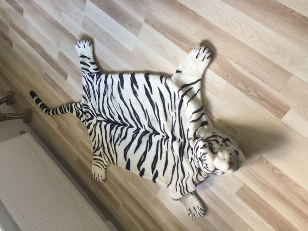 Dywanik pluszowy tygrysek