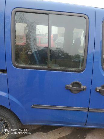 Fiat Dobloo drzwi przesuwne