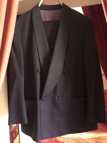 Продам мужской клубный костюм