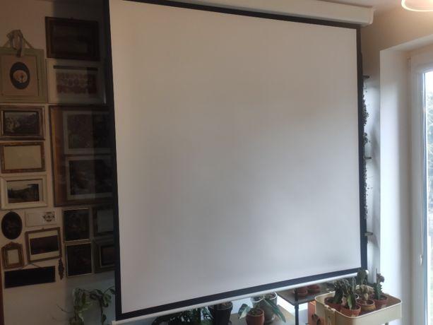 """Nowy ekran projekcyjny rozwijany 147x147cm 84"""" /rzutnik /projektor"""