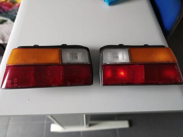 Farolins traseiros Toyota