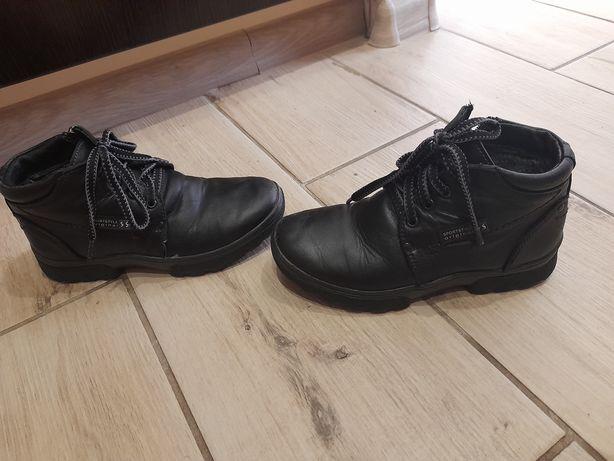 Ботинки зимние.Кожаные
