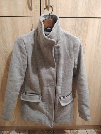 Płaszcz zimowy Bershka