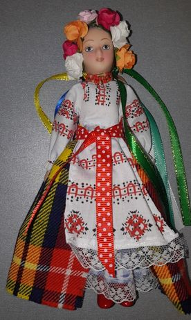Фарфорові ляльки