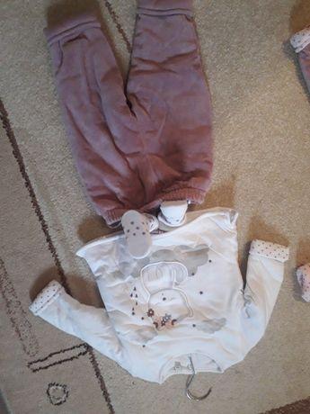 2 Komplet zimowych  ubranek niemowlęcych na 3 i 6 m-cy