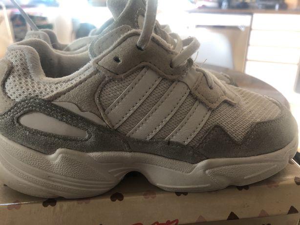 Ténis brancos unisexo (originais) - Fila, Adidas e Nike
