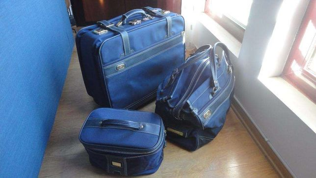 Conjunto de malas de viagem para porão