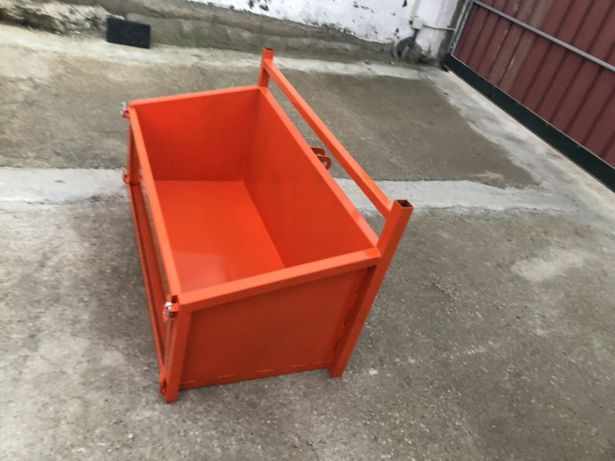 Caixa de carga para mini trator