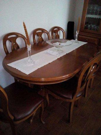 Mesa de sala de refeições com 6 Cadeiras
