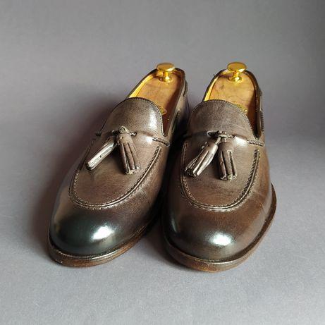 Итальянские туфли тассел-лоферы с кисточками 42р.