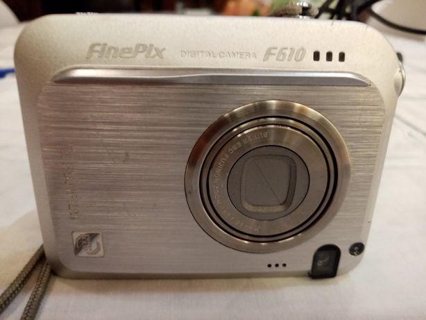 Máquina fotográfica fujifilm finepix F610