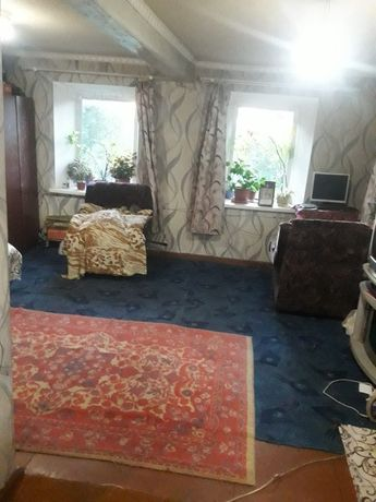 Продам дом 60 кв.м. в Новониколаевке, 11000у.е., все коммуникации.
