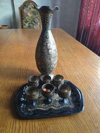 Набор рюмок ручной работы с вазой