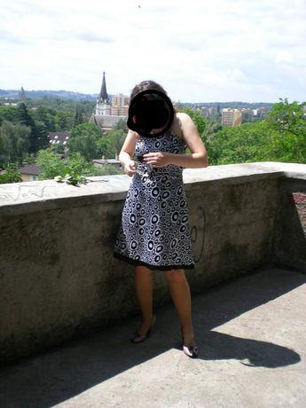 Sukienka czarno-biała satynowa r. 42(L/XL)