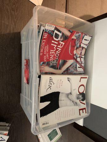 Журналы в коробке
