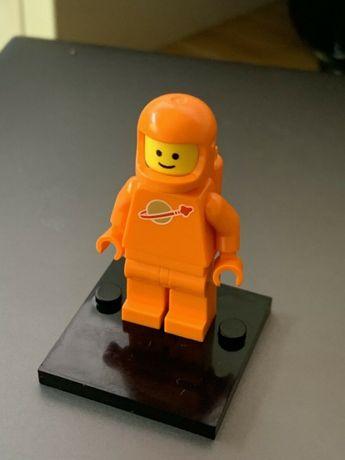 LEGO Spaceman Orange Figure - Edição comemorativa 40 anos