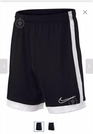 чорний Шорти Nike B NK DRY ACDMY SHORT
