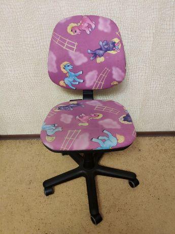 Кресло детское..