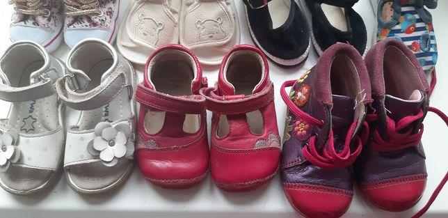 Обувь для девочки, пинетки, босоножки, туфельки ботинки, кроссовки