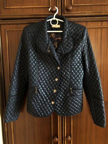 Жіночка куртка