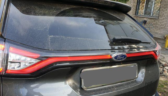 Продам фонарь крышки багажника Ford Edge Titanium