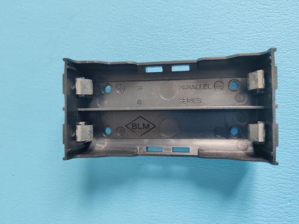 Koszyk zasobnik na 2 ogniwa Li-on do PCB 4 pin