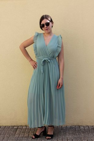 vestido comprido em varias cores