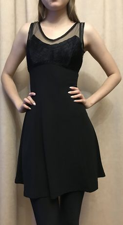 Платье чёрное (Италия).