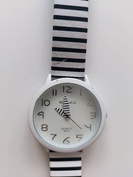 Zegarek Womage zebra paski biało-czarne