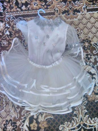 Новогодний костюм для девочки, снежинка